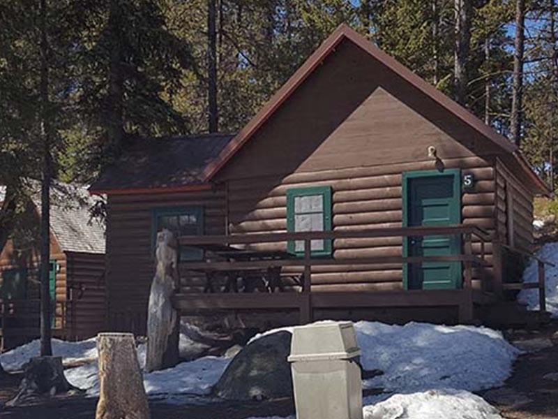 Cabin 5 Exterior